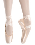 1-pointe_shoes